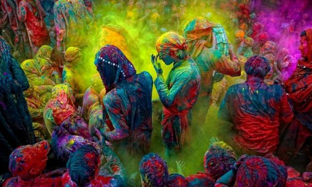 Pictures of Holi, the Festival of Colors, in Vrindavan