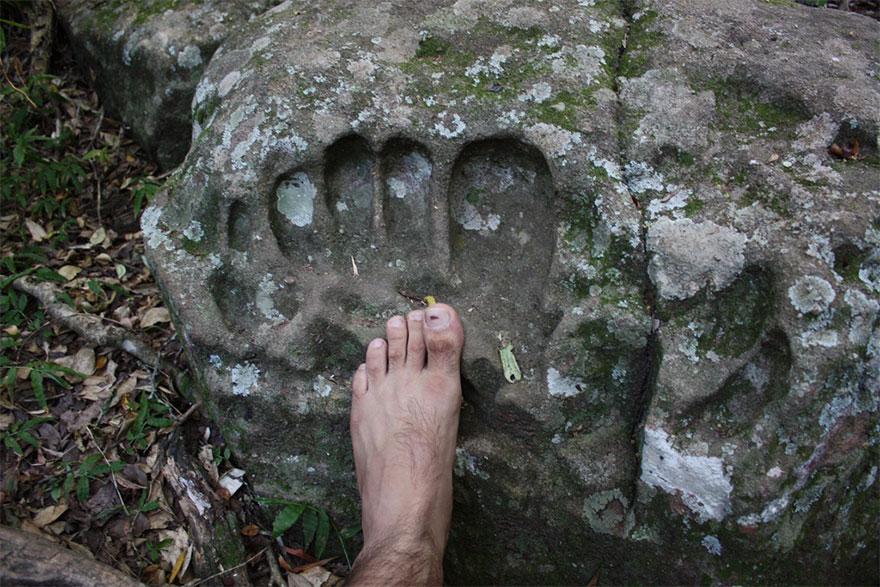Huella gigante encontrado en Paraguay
